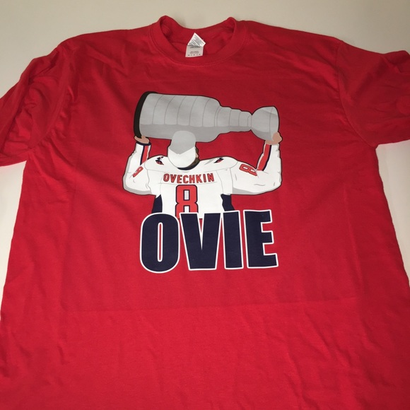new product 8d29c 749ea Alexander Ovechkin Kissing Stanley Cup Shirt NWT